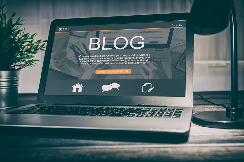 ブログに感想や内容を投稿する